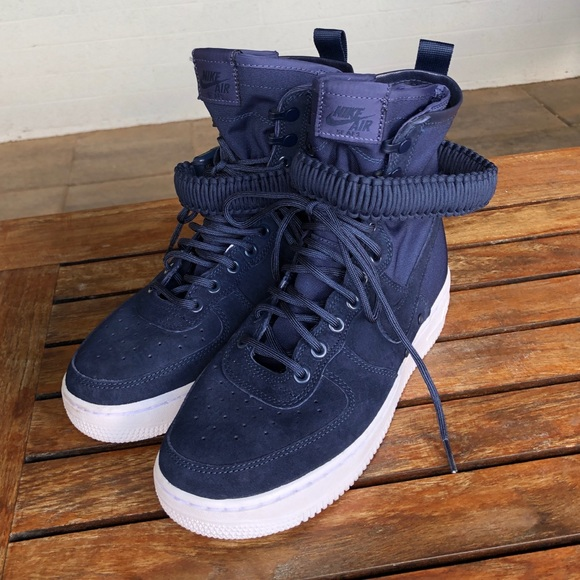 wholesale dealer 51879 348ca Nike SF Air Force 1 Womens Shoes size 8.5